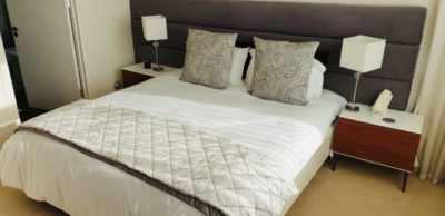 Sea Point Apartment : 3 Bedroom secure apartment Upper Seapoint with pool (11)