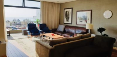 Sea Point Apartment : 3 Bedroom secure apartment Upper Seapoint with pool (12)