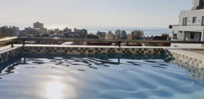 Sea Point Apartment : 3 Bedroom secure apartment Upper Seapoint with pool (9)