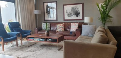 Sea Point Apartment : 3 bedroom Upper seapoint with pool (6)