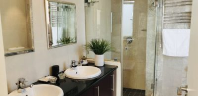 Sea Point Apartment : 3 bedroom apartment Sea Point with pool (1)