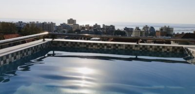 Sea Point Apartment : 3 bedroom secure apartment Upper sea Point with pool (2)