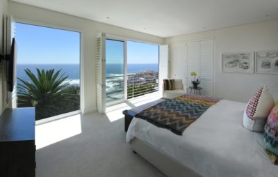 Choose a location: Villa : Burgundy Glow Villa Bantry Bay with Pool (2)