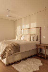 Clifton Apartment : Clifton Views 3 Bedroom rental apartment Atlantic Seaboard with pool (46)