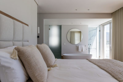 Clifton Apartment : Clifton Views 3 Bedroom rental apartment Atlantic Seaboard with pool (47)