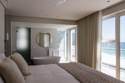 Clifton Apartment : Clifton Views 3 Bedroom rental apartment Atlantic Seaboard with pool (49)