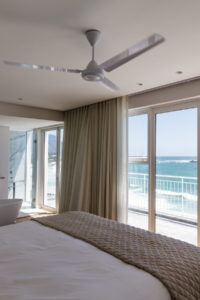 Clifton Apartment : Clifton Views 3 Bedroom rental apartment Atlantic Seaboard with pool (52)