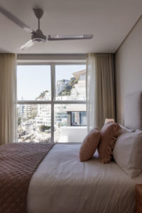 Clifton Apartment : Clifton Views 3 Bedroom rental apartment Atlantic Seaboard with pool (63)