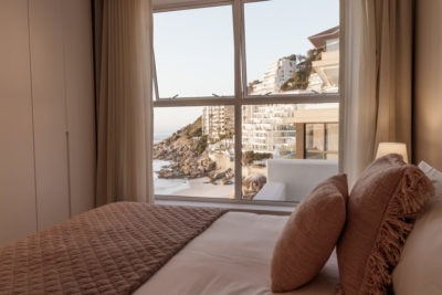 Clifton Apartment : Clifton Views 3 Bedroom rental apartment Atlantic Seaboard with pool (70)