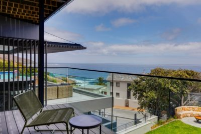 Camps Bay Villa : 6 Bedroom Camps Bay Villa with sea views and pool (12)