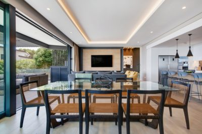 Camps Bay Villa : 6 Bedroom Camps Bay Villa with sea views and pool (18)