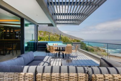 Camps Bay Villa : 6 Bedroom Camps Bay Villa with sea views and pool (24)
