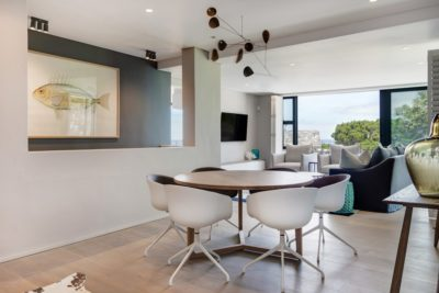 Camps Bay Villa : 6 Bedroom Camps Bay Villa with sea views and pool (31)