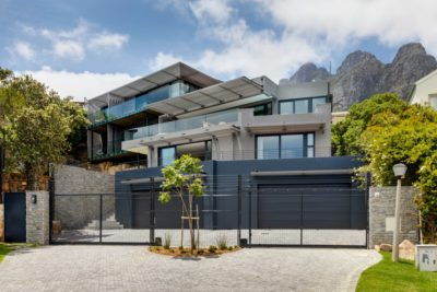 Camps Bay Villa : 6 Bedroom Camps Bay Villa with sea views and pool (40)