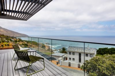 Camps Bay Villa : 6 Bedroom Camps Bay Villa with sea views and pool (47)