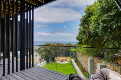 Camps Bay Villa : 6 Bedroom Camps Bay Villa with sea views and pool (9)